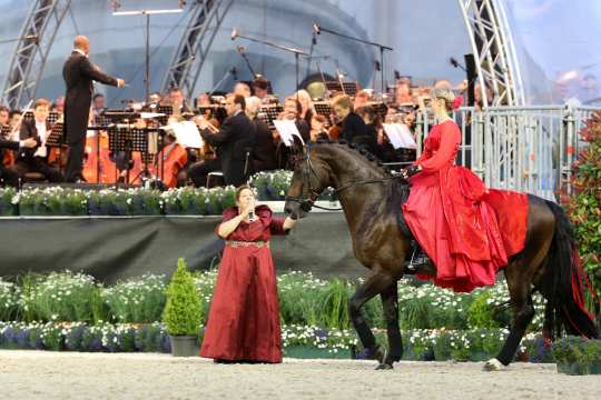 """The photo shows Helen Langehanenberg during the """"Horse & Symphony"""" concert in the year 2013. The photo can be used copyright-free (Photo: CHIO Aachen/Andreas Steindl)."""