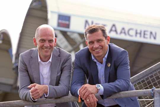 Andreas Schneider (NetAachen) und Michael Mronz (Aachener Reitturnier GmbH) Foto: CHIO Aachen / Foto Studio Strauch