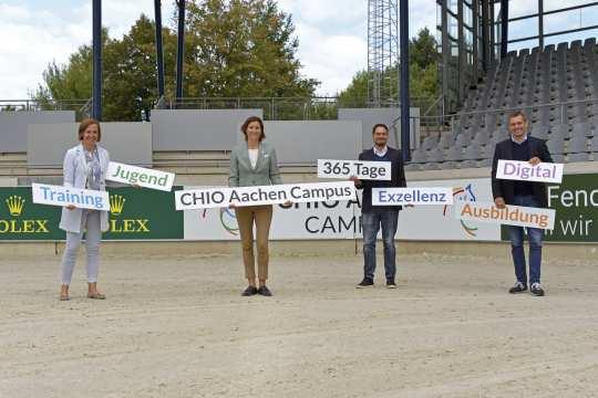 Birgit Rosenberg, Stefanie Peters, Stefan Knopp und Michael Mronz stellten den CHIO Aachen CAMPUS vor. Foto: CHIO Aachen/ Holger Schupp