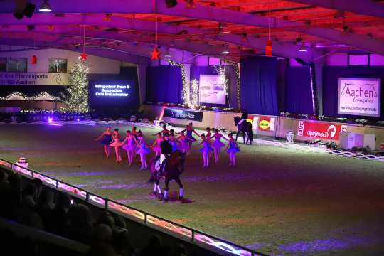 """Perfect show at """"Aachen Late Night presented by Allianz"""". Photo: Fotostudio Marx"""