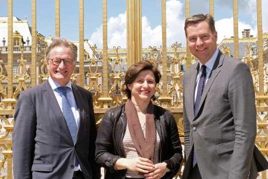 Frankreichs Sportministerin Roxana Maracineau stellte mit dem Parlamentarischen Staatssekretär Stephan Mayer (rechts) und CHIO Aachen-Turnierleiter Frank Kemperman Frankreich als Partnerland 2019 vor.