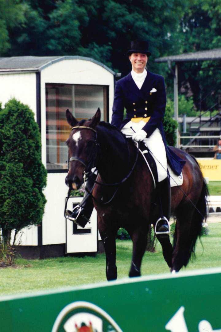 Stefanie Peters weiß, wie es ist, beim CHIO dabei zu sein: 1997 war sie mit ihrem Erfolgspferd Davidoff am Start.